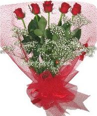 5 adet kirmizi gülden buket tanzimi  Edirne internetten çiçek siparişi