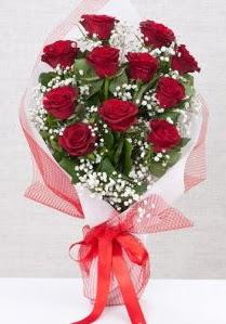 11 kırmızı gülden buket çiçeği  Edirne İnternetten çiçek siparişi
