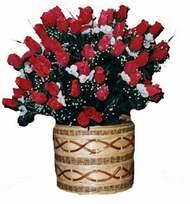 yapay kirmizi güller sepeti   Edirne çiçek , çiçekçi , çiçekçilik
