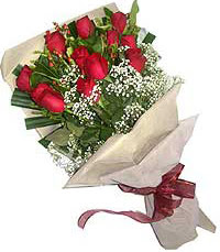 11 adet kirmizi güllerden özel buket  Edirne çiçek mağazası , çiçekçi adresleri