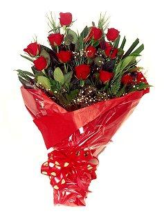 12 adet kirmizi gül buketi  Edirne çiçek servisi , çiçekçi adresleri