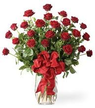 Sevgilime sıradışı hediye güller 24 gül  Edirne İnternetten çiçek siparişi