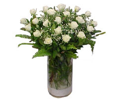 Edirne hediye çiçek yolla  cam yada mika Vazoda 12 adet beyaz gül - sevenler için ideal seçim