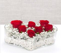kalp içerisinde 7 adet kırmızı gül  Edirne kaliteli taze ve ucuz çiçekler