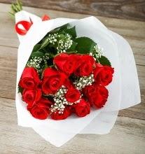 9 kırmızı gülden buket çiçeği  Edirne çiçek siparişi vermek