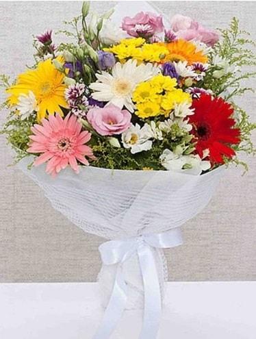 Karışık Mevsim Buketleri  Edirne uluslararası çiçek gönderme