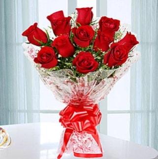 11 adet kırmızı gülden görsel şık buket  Edirne uluslararası çiçek gönderme